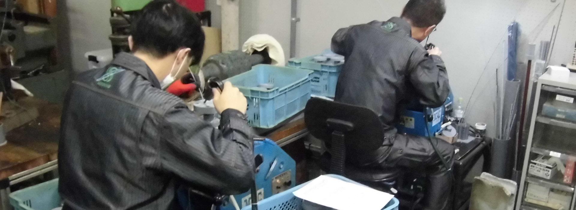 切削加工はもちろん、溶接加工・接着加工・曲げ加工など様々な樹脂加工もしっかり対応
